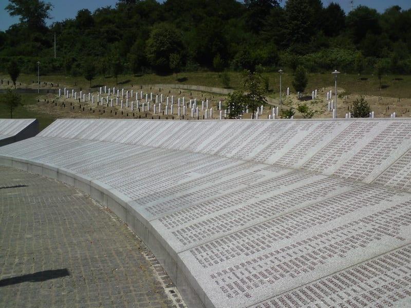 Varhelji: Genocid u Srebrenici je i dalje otvorena rana u srcu Evrope